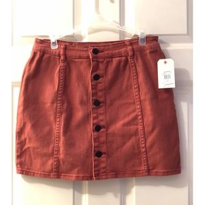 Billabong buttoned skirt - NWT